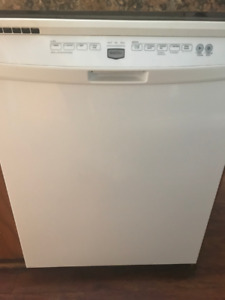 HOME APPLIANCES & CABINETS & COUNTERS FOR SALE