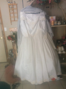 Wedding dress,