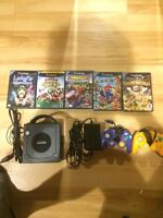 GameCube w/ 2 Controllers + 5 Games