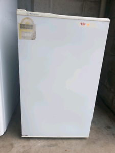 AAA👌JAMISONTOWN 120L WESTINGHOUSE BAR FREEZER