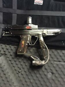 Vengeance Auto Cocker Paintball Marker