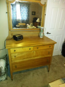 Old Chest of Drawers with Mirror (1914)