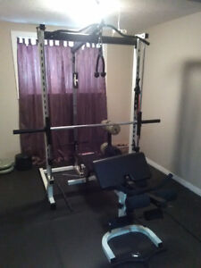 Full sports trainer home gym