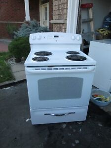 General Electric White Stove.