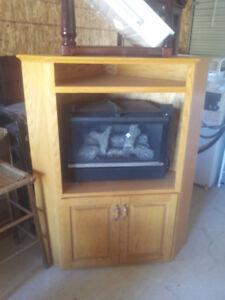 CORNER OAK PROPANE FIREPLACE