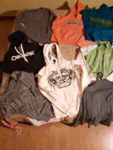 $20 for all 12 name brand Sweaters London Ontario image 3