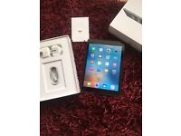 Apple iPad Air immaculate fully boxed