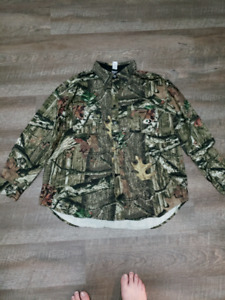 Mossy Oak Persuit Button Up Shirt and Pants.
