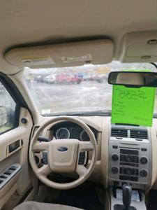2010 Ford Escape  -  139xxxkms  -  New MVI
