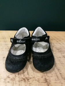 Toddler size 6.5 geox shoes