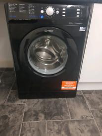 Black Indesit 9kg Washing Machine