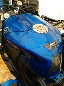 YAMAHA R1 2004 TO 2006 FUEL/GAS TANK Windsor Region Ontario image 3