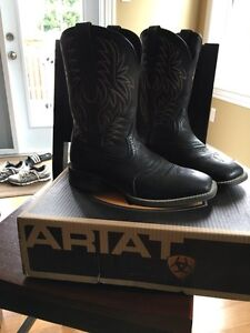 Ariat western square toe boots size 9ee