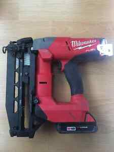 Milwaukee M18 Cordless Finishing Nailer