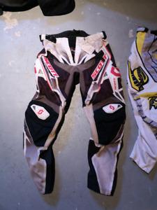 Pantalon motocross Scott taille 34