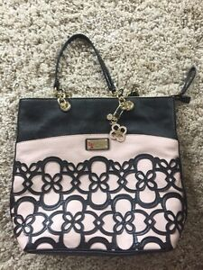 Brand New Large Guess Purse