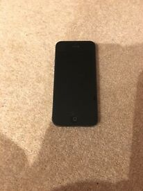 Iphone 5 16gb on 02 excellent condition £80