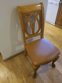 Dining table and six chairs oak with extender panels