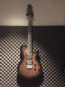 Godin XTSA (Acoustic/Electric/Midi all in one)