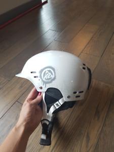 K2 Thrive Ski/Snowboard helmet, like new - L/XL
