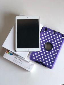 iPad mini (1st gen.) and accessories