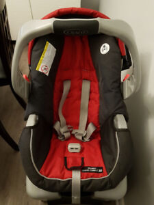 Car Seat Graco Classic Connect $40 obo