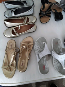 Clarks, Bjorn, naturalizer, hush puppies size 9  $10-20 Pair