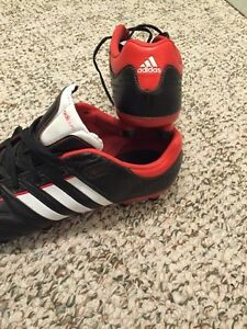 Adidas outdoor soccer shoes size 8.5 adult London Ontario image 6