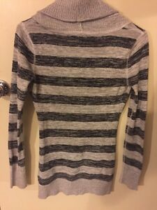 Striped Guess sweater size XS Regina Regina Area image 2