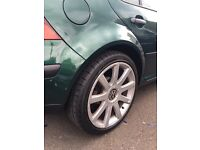 VW 18' ALLOY WHEELS WITH NEW TYRES