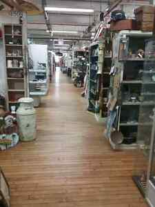 Canada's largest antique mall 600 booths to explore  Cambridge Kitchener Area image 1