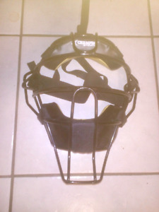 Umpire mask (brand new)