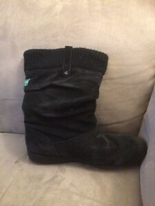Cougar winter boots-water proof London Ontario image 2