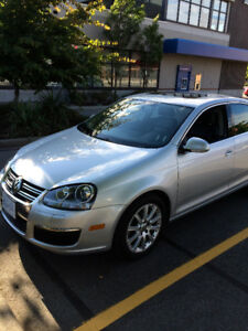 2006 VW Jetta 2.0Turbo - FULLY LOADED! Nav/Bluetooth - Low KMS