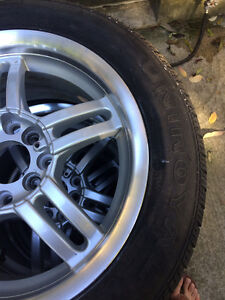 Set of All Season Tires with Alloy Rims Kitchener / Waterloo Kitchener Area image 8