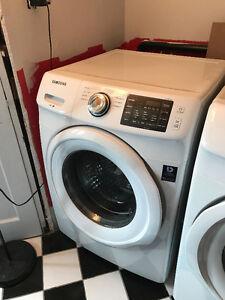 Laveuse et Sécheuse SAMSUNG blanches à chargement frontal