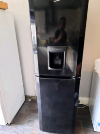BEKO BLACK FRIDFE FREEZER WITH WATER DISPENSER
