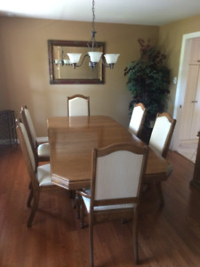 Formal Dining Table/Chairs and Hutch