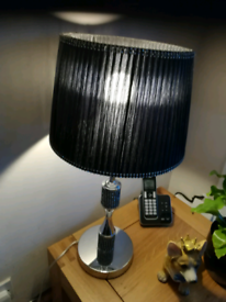 A sparkly chrome black light