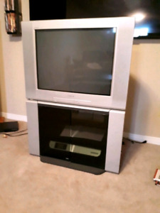 """27"""" Sony TRINITRON tv with remote and matching stand"""