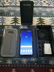 Samsung s8 (With Extras)