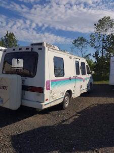 Cherche un un endroit tranquille pour mon Lesharo près de Gaspé!