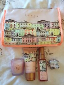 Ted Baker toiletry gift set