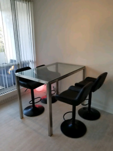 Countertop Height Dining Table with Bar Stools included