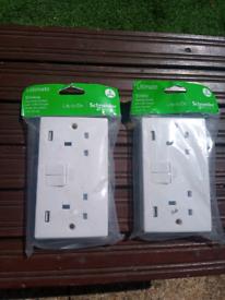 2xSchneider electric slimline switched sockets