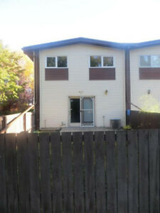 2 bedroom southend townhouse (utilities included)
