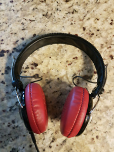 Pioneer SE-MJ151  Headphones