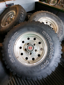Set of 31x10.50x15 Tires on Ford rims
