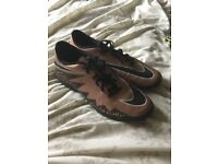 Nike Astro turf trainers size 7.5 hardly worn