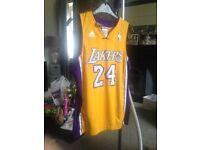 Lakers basket ball top
